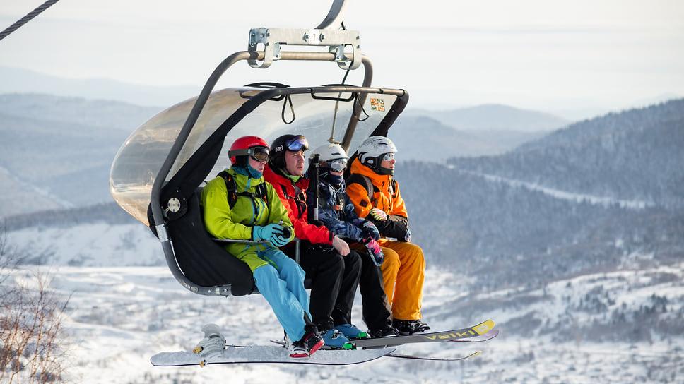 горнолыжные курорты Сочи занимают лидирующие позиции в  рейтингах самых популярных направлений для отдыха на новогодние праздники
