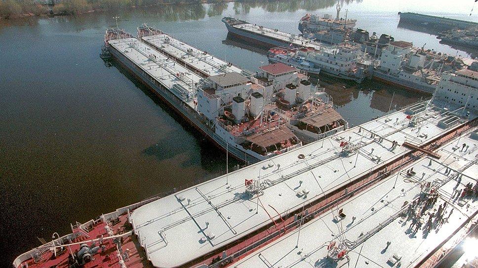 По оценкам экспертов, новый контракт на 10 барж не загрузит доки «Красного Сормова»