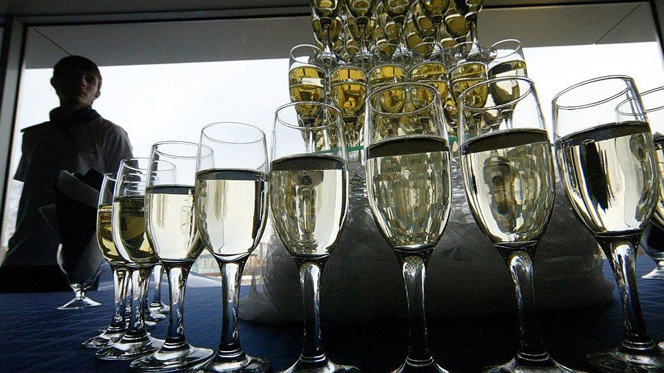 Алкоголь вливают в холдинг / Нижегородские спиртзаводы предлагают инвесторам