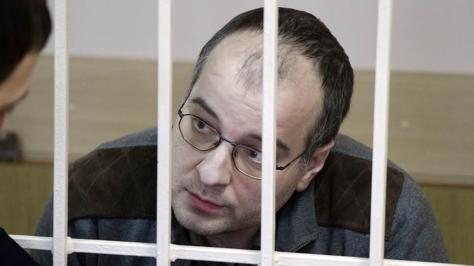 Чиновника подвел Viber / Экс-руководителя нижегородского управления Росимущества осудили на 10 лет строгого режима за покушение на взятку