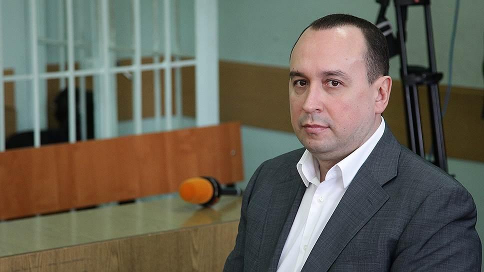 Нестандартно мыслящий министр / Нижегородского министра судят за незаконное приглашение тысяч иностранцев