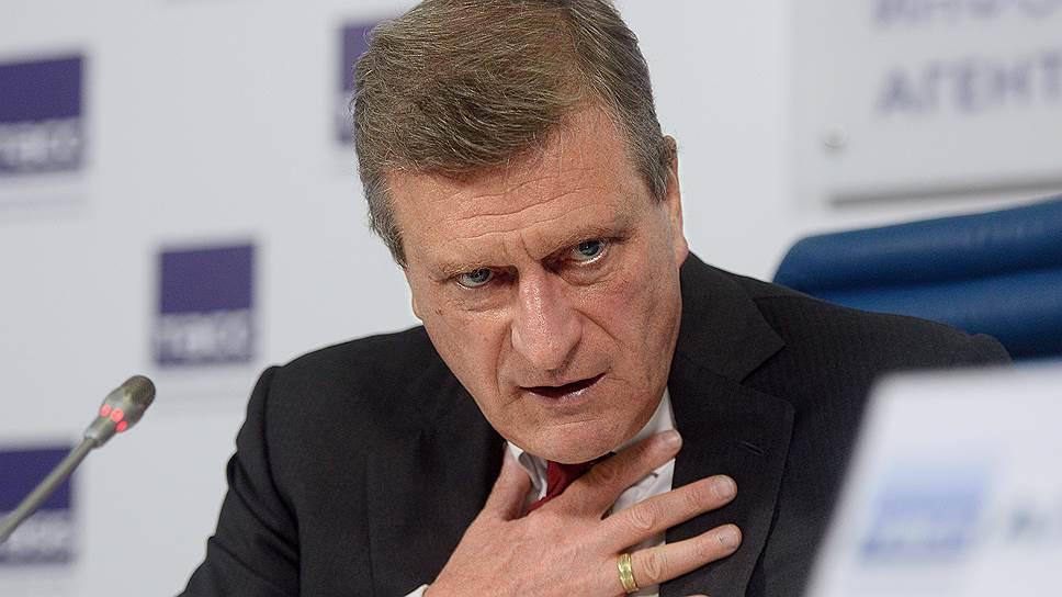 Врио губернатора Кировской области Игорь Васильев не спешит увольнять соратников Никиты Белых