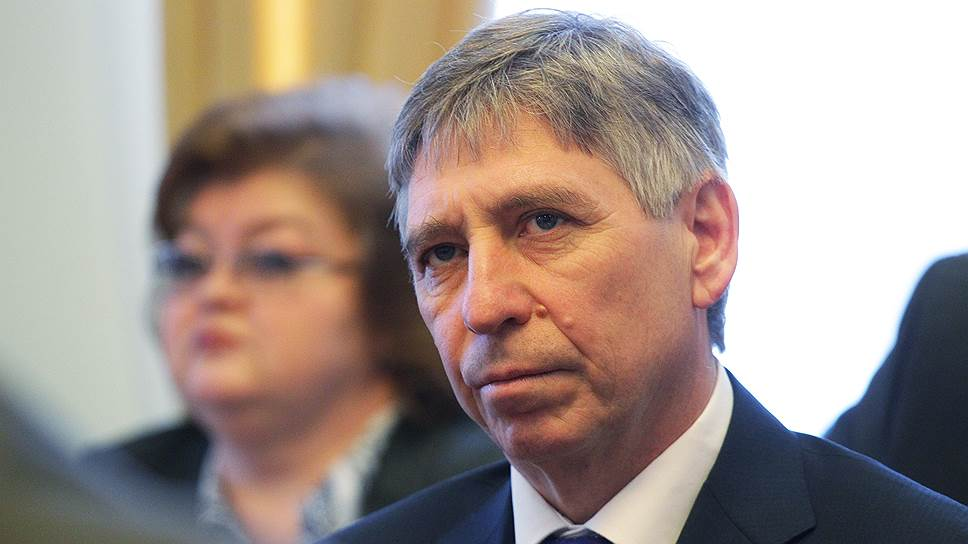 Склонение к единомэрству / В нижегородском кремле обсуждают возможную отставку главы города Ивана Карнилина