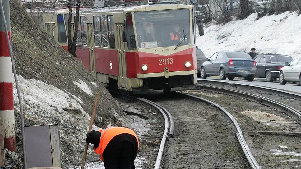 Депутаты сомневаются, что устаревший подвижной состав и миллиардные долги нижегородского общественного транспорта привлекут концессионеров