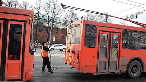 Слияние убытков // Во власти вновь обсуждают идею объединения муниципальных транспортных предприятий