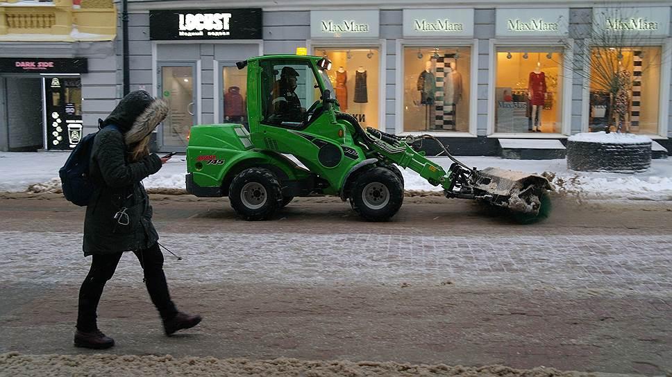 Зачистить по-крупному / Нижегородская мэрия планирует отказаться от услуг частных компаний по уборке города
