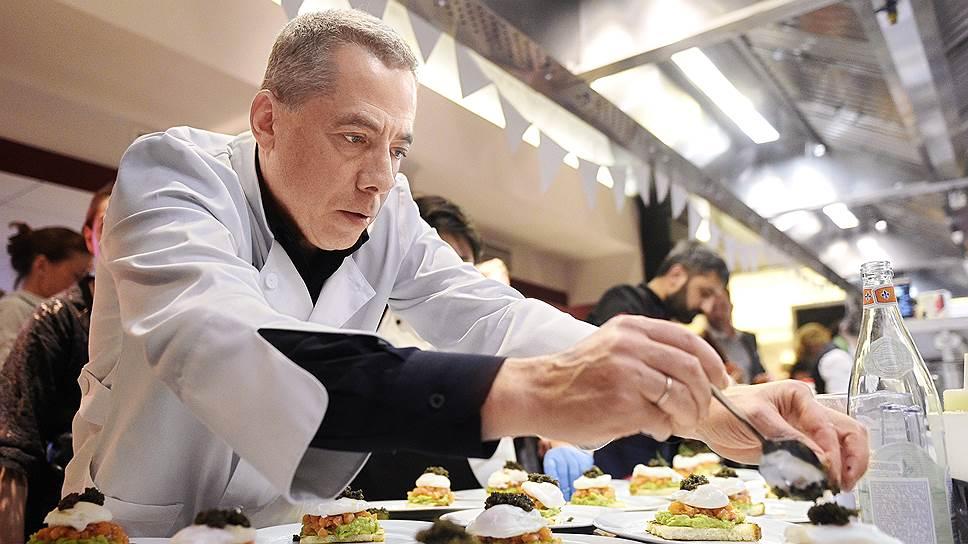 Аркадий Новиков планирует накормить нижегородцев рыбой в своем ресторане