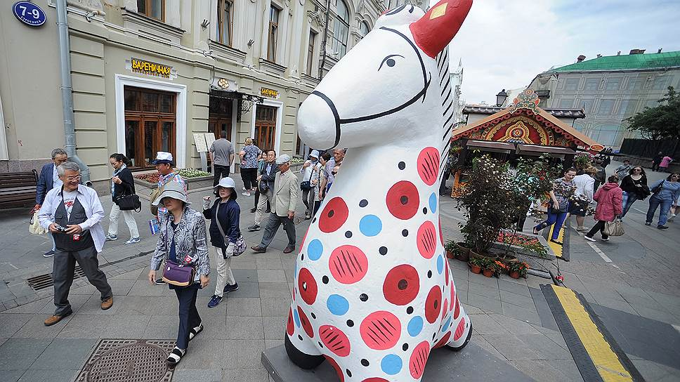 Ежегодно одно предприятие в Кировской области делает около 6 тыс. дымковских игрушек, сколько при этом продается контрафакта, неизвестно