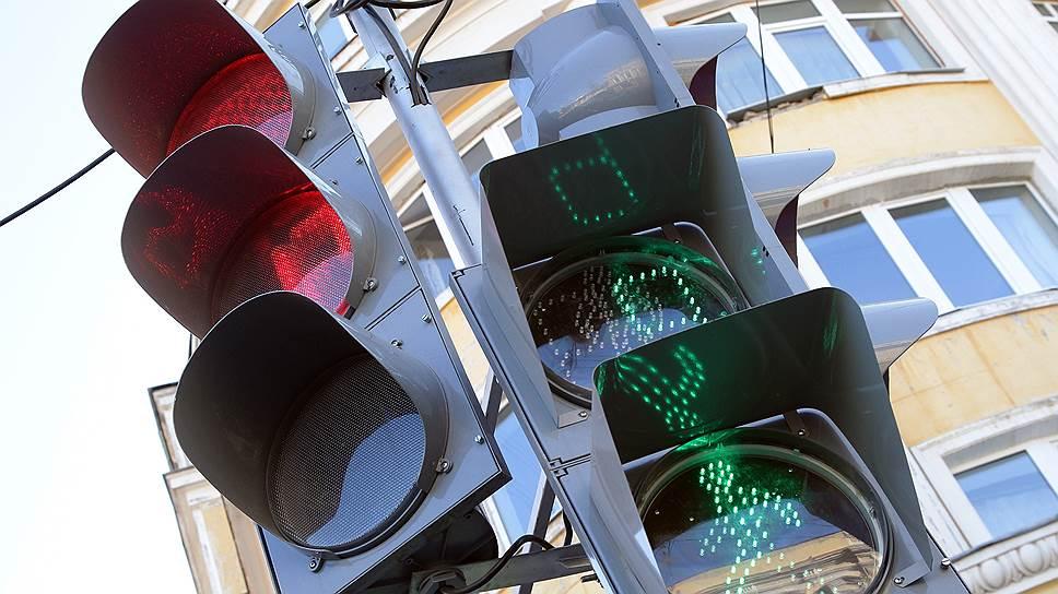 Светофоры подмигивают инвесторам / Нижегородская область готовит концессию для управления дорожным движением