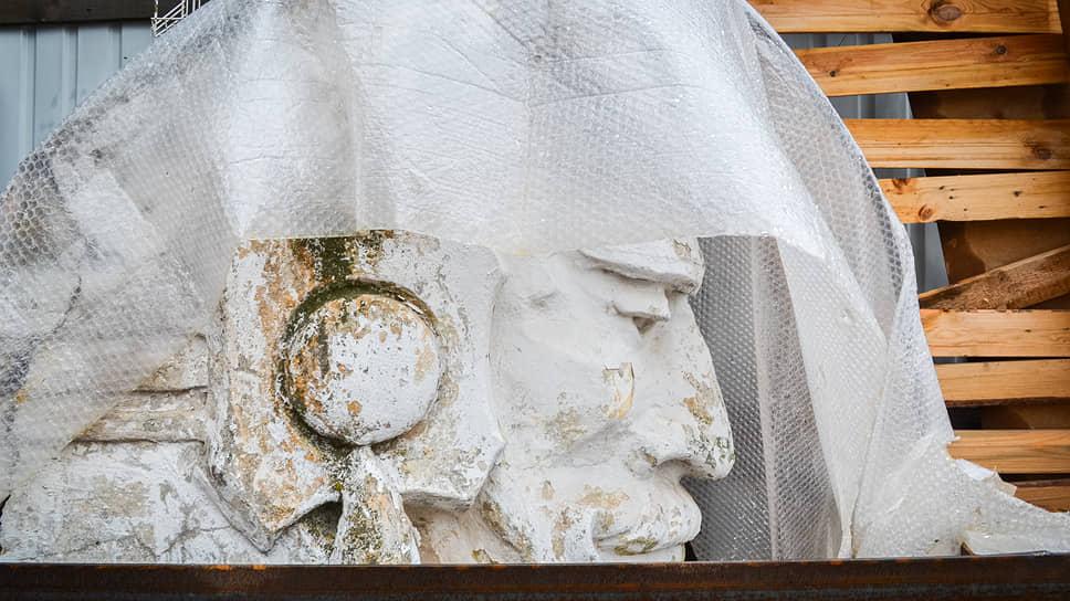 «Мы хотим строить дом длянаших детей» / В Нижнем Новгороде началось незаконное восстановление снесенного объекта культурного наследия