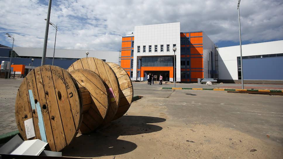 ФОКовая терапия / Застройщик-банкрот взыскал с муниципалитета более 450 млн рублей за Приокский спорткомплекс