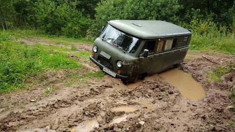 Депутаты не хотят на Юг // В Чкаловске власти не могут договориться по проектам строительства сельских дорог