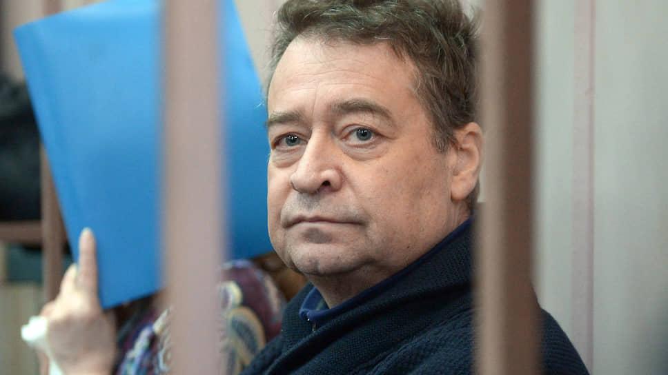 Непосильно нажитое взяли в оборот / Генпрокуратура увеличила иск к Леониду Маркелову до 2,2 млрд рублей