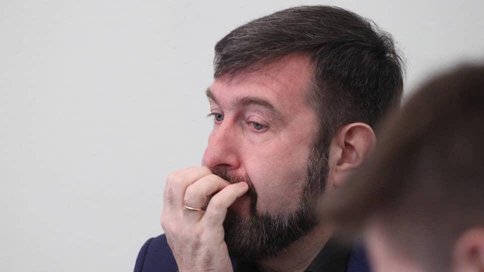Политтехнолога признали пособником / Сергея Воронова приговорили к реальному сроку наказания