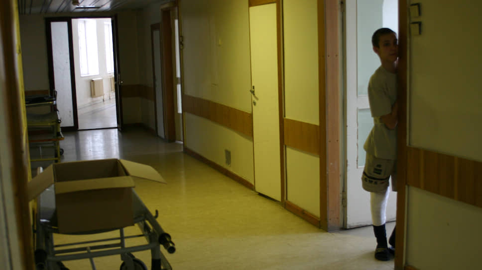 Хирургия вскрыла протест / Нижегородцы просят сохранить детское отделение в Автозаводском районе