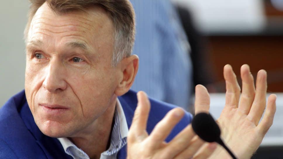 ЕЦМЗ готовит монополию / В Нижнем Новгороде начинается передел рынка школьногопитания