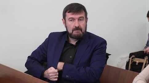Агитация из камеры // Политтехнолог Сергей Воронов просит отменить приговор замошенничествонавыборах