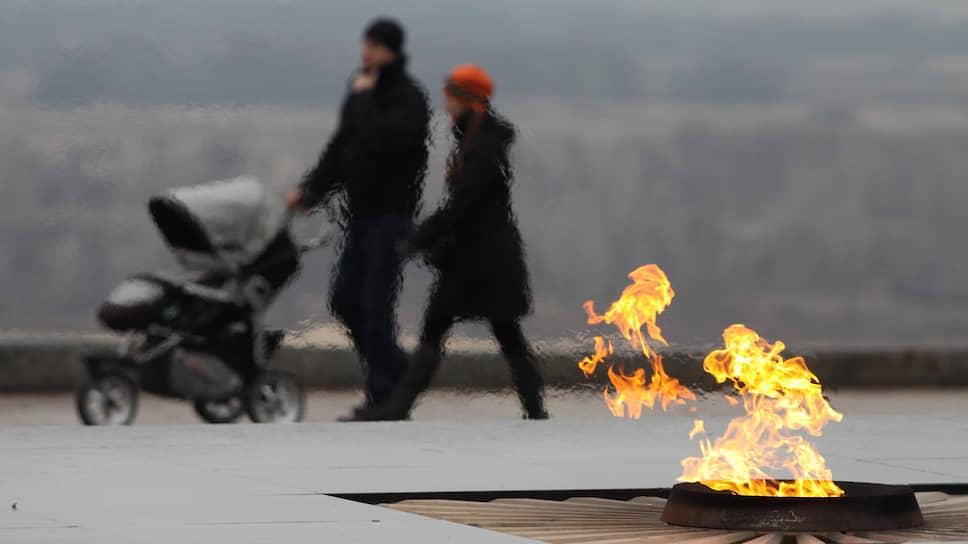 Нижний Новгород спешит прославиться прошлым / Гордума проголосовала за присвоение ему почетного звания «городтрудовой доблести»