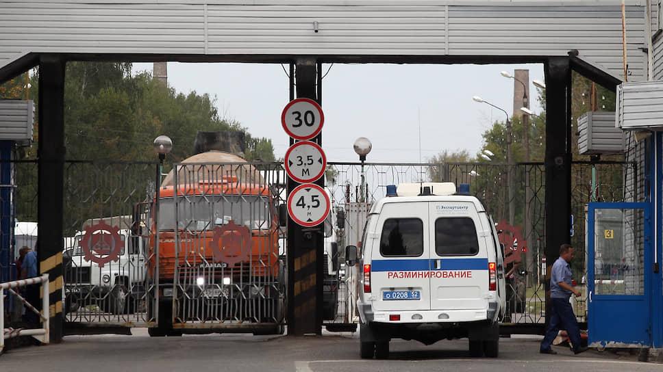 Противопехотные мины выгрузили из суда / Уголовное дело о смертельном взрыве в Дзержинске возвращенонадоследование
