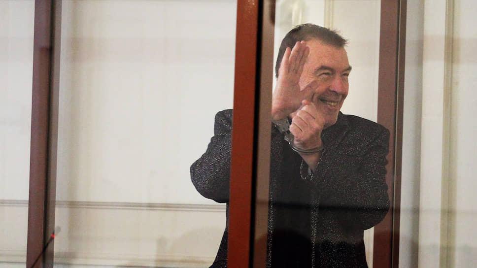 Бывший мэр вышел на связь в суде / Андрей Климентьев обжалует приговор о мошенничестве
