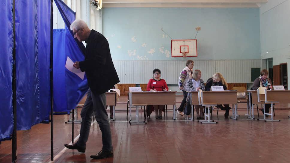 Пока все дума / На выборы депутатов пришел только каждый шестой нижегородец