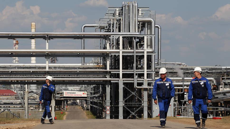Промышленники оценили глубину падения / Отгрузка продукции нижегородских предприятий заметно сократилась