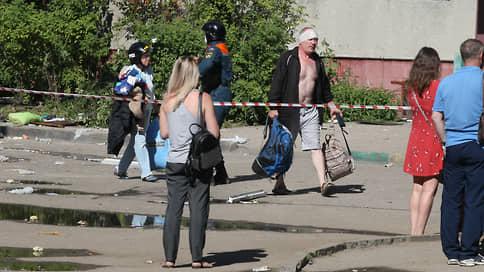 Обещанного три года не ждут  / Жильцы взорвавшегося дома на Краснодонцев, 17 вНижнем Новгороде просят ускорить его снос