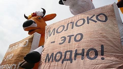 В Нижегородской области сотрудники фермы получали зарплату молоком
