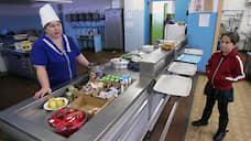 Деньги на льготное питание нижегородских учеников предложили переводить их родителям