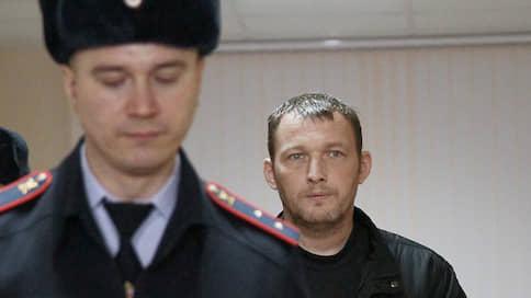 Предъявлено обвинение в смертельном ДТП сыну отставного генерала Виктору Пильганову  / Московский райсуд продлил ему арест до 6 сентября