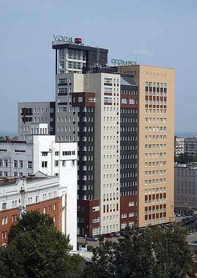"""Здание бизнес-центра """"Столица Нижний"""", в котором сегодня проводятся обыски"""