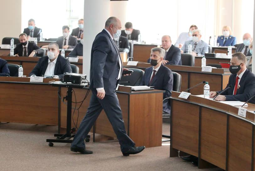 Евгений Лебедев покидает президиум заксобрания