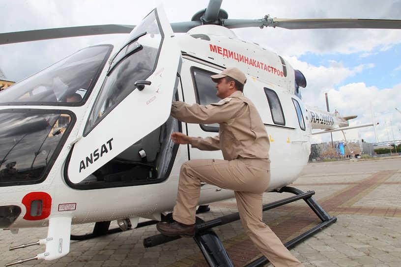 Два профессиональных праздника может быть и у пилота санитарной авиации