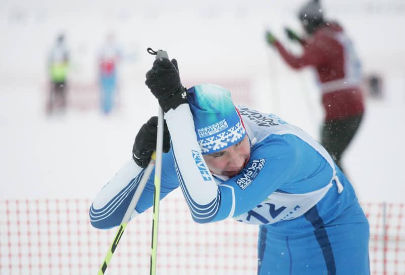 Преодолеть на лыжах 10 километров – задача не из легких