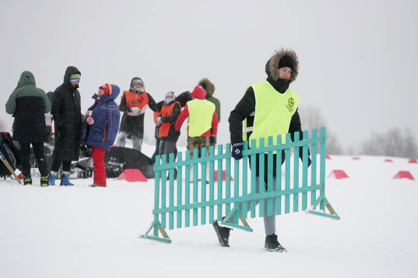 В программе были массовые старты на 5 км и 10 км и забег команд нижегородских предприятий