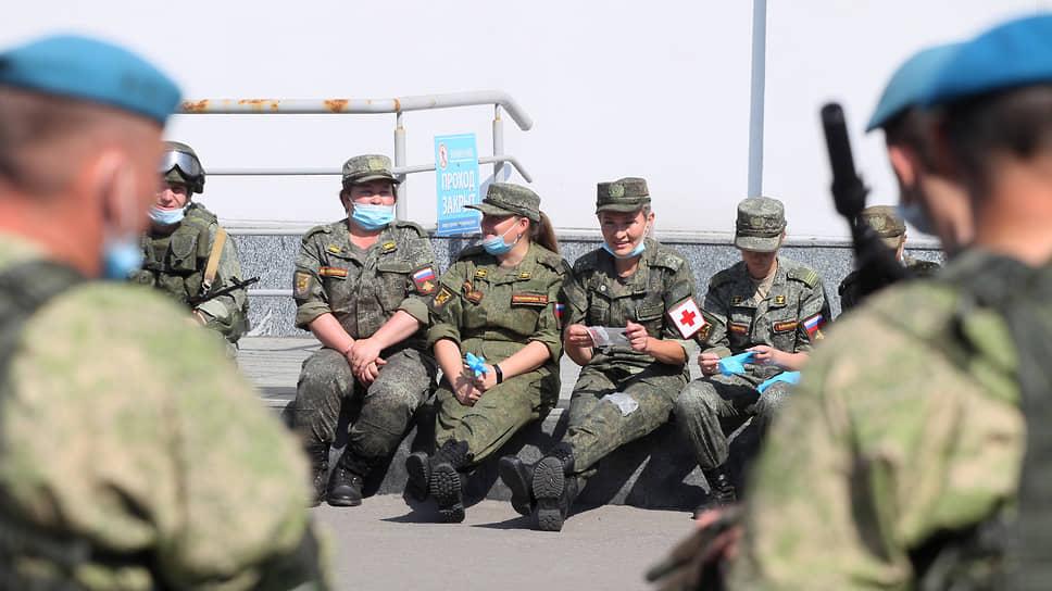 Армейская медицинская служба почти целиком состоит из женщин
