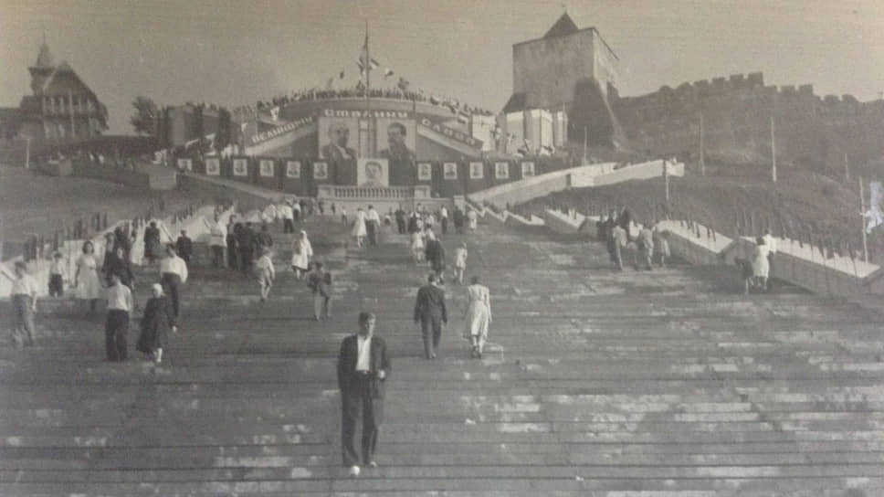 Новая лестница стала любимым местом для прогулок нижегородцев и одной из главных видовых точек город