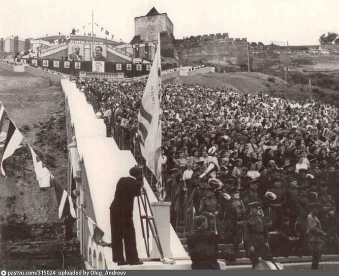 24 июля в День военно-морского флота лестница была торжественно открыта