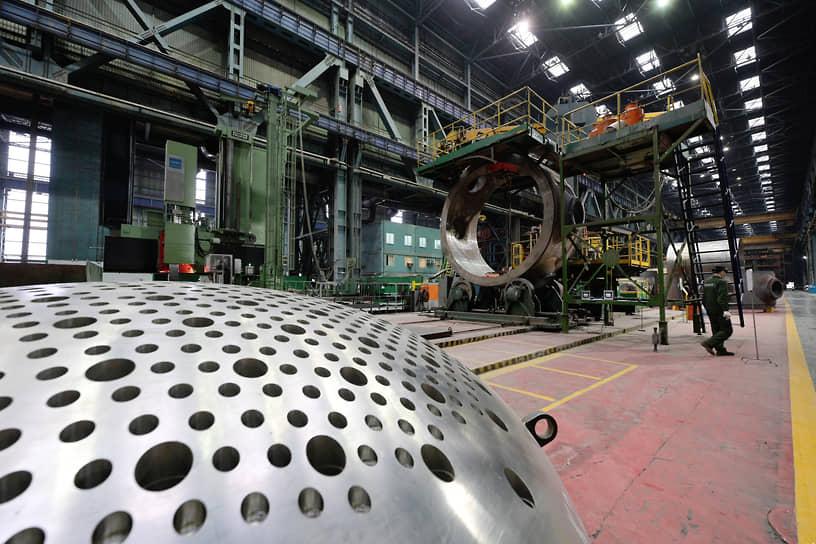 """Над строительством атомных станций работает не один десяток заводов. Например, """"Атоммаш"""" в Волгодонске Ростовской области, где собирают ядерные реакторы для энергоблоков строящихся АЭС"""