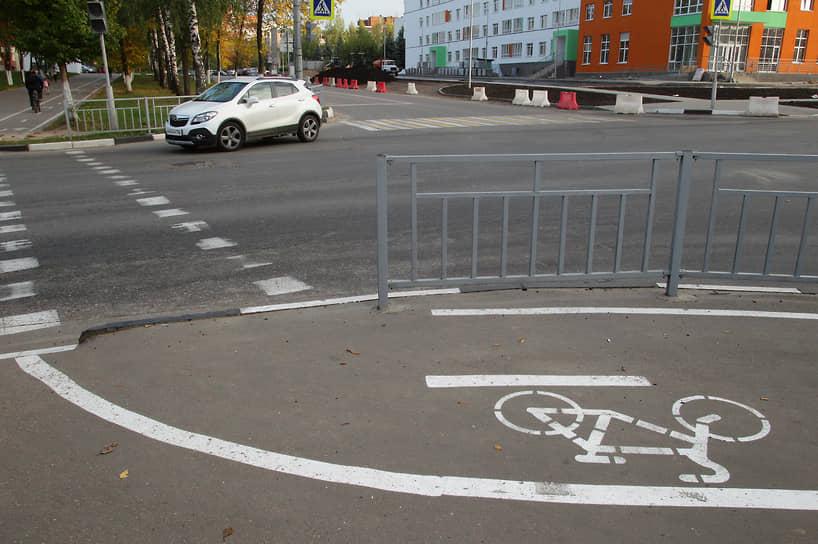 Сегодня все больше городов строят специальные дорожки для велосипедистов