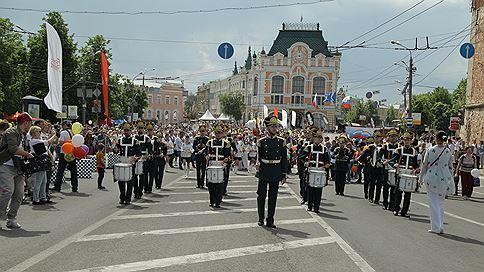День города снова переедет  / Депутаты городской Думы готовы утвердить новую дату празднования Дня Нижнего Новгорода