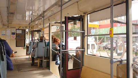 С 1 апреля нижегородские льготники старше 65 лет смогут воспользоваться транспортными картами  / С сегодняшнего дня все нижегородские льготники старше 65 лет могут пополнить свои транспортные карты и воспользоваться ими уже 1 апреля
