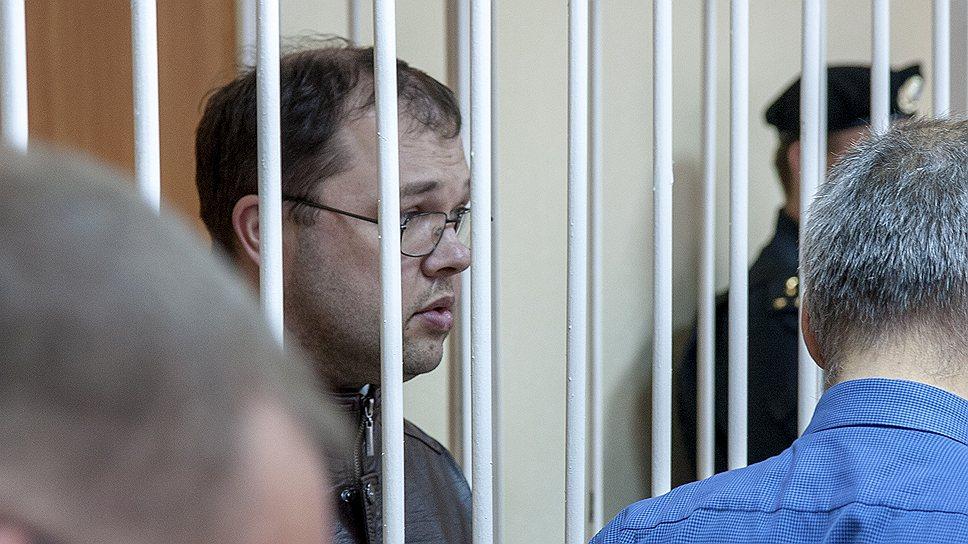 До решения суда главу Бердска Илью Потапова в новосибирском обкоме КПРФ считают коммунистом