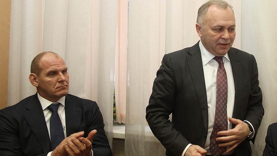Коммунисты отметили Александра Карелина / Его посчитали первым лицом избирательного штаба Владимира Знаткова