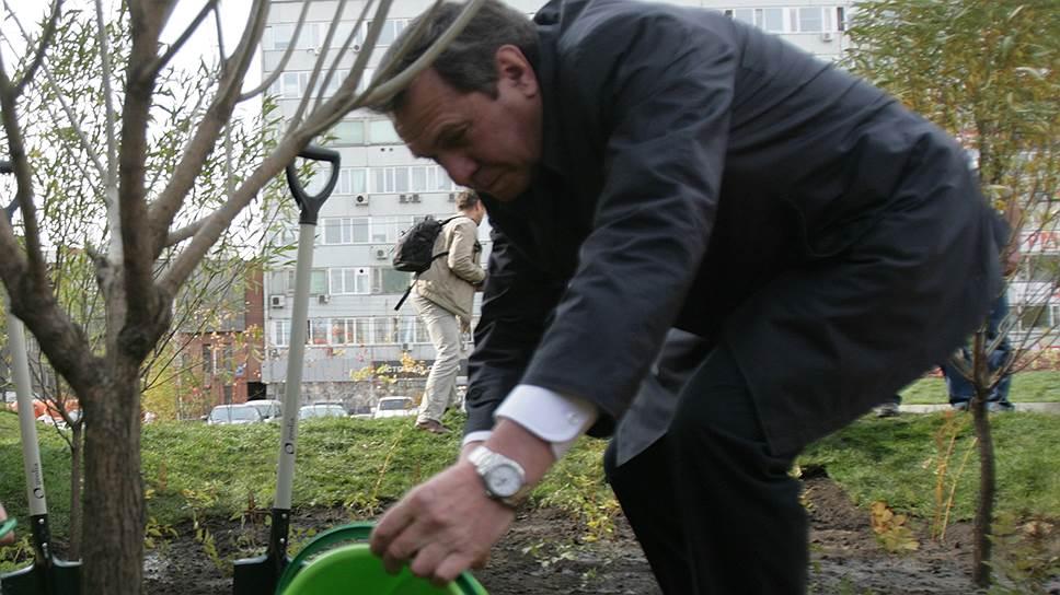 Новосибирские фермеры, выдвинувшие на праймериз врио губернатора Владимира Городецкого, уверены, что он сможет понять проблемы сила