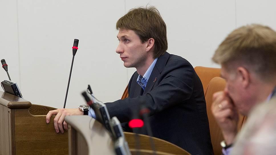 Следствие утверждает, что депутат Владимир Седов, подозреваемый в получении взятки, якобы уже дал признательные показания