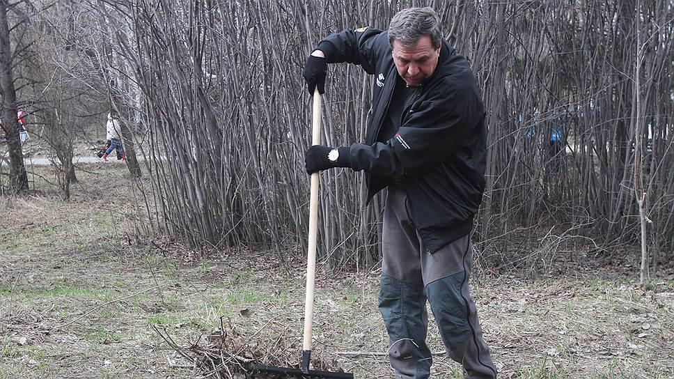 Владимир Городецкий надеется решить проблему утилизация мусора с помощью общественности