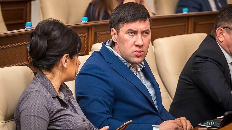 Беспартийный Максим Талдыкин возглавил фракцию КПРФ в заксобрании Алтайского края вместо Марии Прусаковой