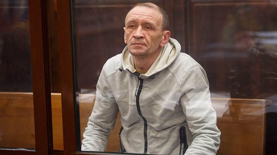 Как суд оставил под арестом обвиняемого по делу «Зимней вишни» Сергея Генина