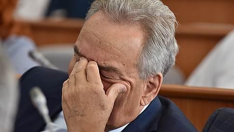 49 ждут одного // Депутаты Верховного совета Хакасии не смогли выбрать сенатора